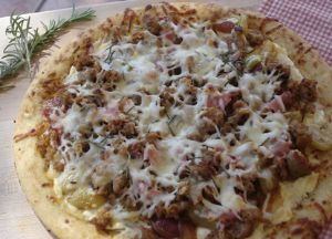 Image of Tuscan Divinity Caramelized Shallots and Grapes Sausage Pizza
