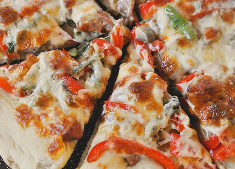 Three Cheese Sausage And Vegetable Pizza Johnsonville Com