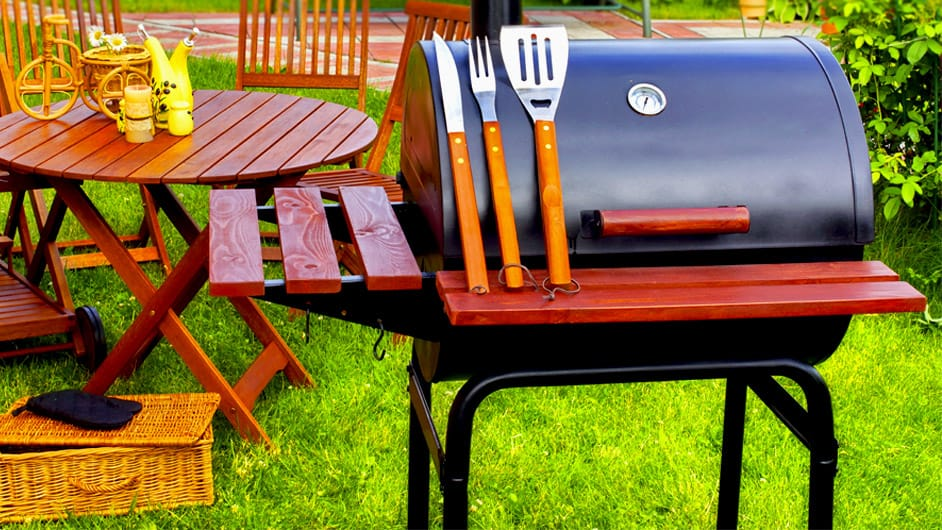 Grill and grilling tools